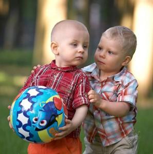 конфликт между мальчиками
